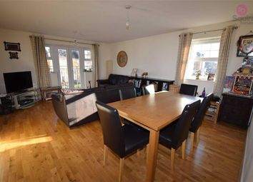 Thumbnail 2 bed flat to rent in Scott Road, Edgware, Middlesex
