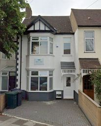 4 bed terraced house to rent in Babington Road, Hendon, London NW4