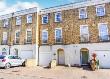 3 bed town house for sale in Marigold Way, Maidstone ME16