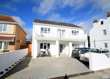 Brighton Road, Lancing BN15