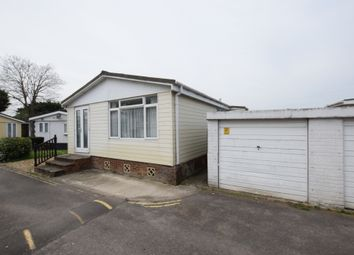 Thumbnail 3 bed mobile/park home to rent in Mere Oak Park, Reading