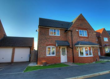 Thumbnail 4 bed detached house for sale in Roxburgh Close, Arnold, Nottingham