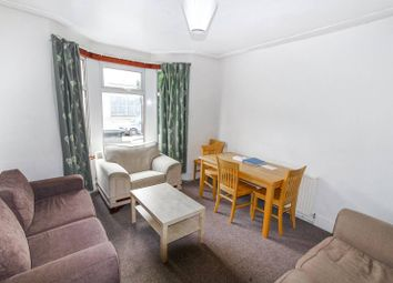 Thumbnail 6 bed property to rent in Hermitage Road, Finsbury Park