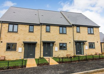 3 bed terraced house for sale in Edgehill Close, Carterton OX18