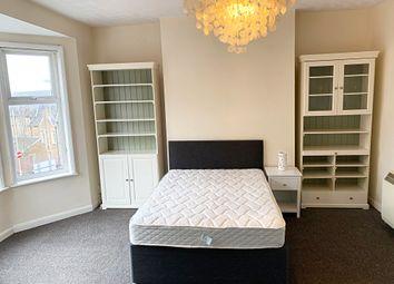 1 bed flat to rent in Queens Road, Aldershot GU11