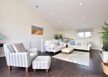 Thumbnail 5 bed town house for sale in Maypole Road, East Grinstead, West Sussex