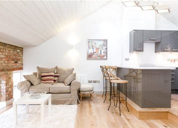 Blake Mews, Kew, Richmond, Surrey TW9. 1 bed flat for sale