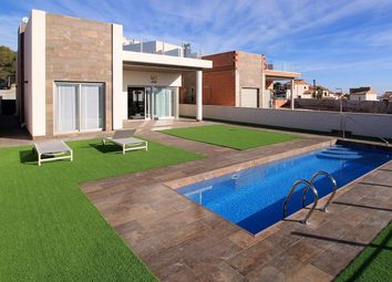 Thumbnail 3 bed villa for sale in Calle Clavo 03189, Orihuela, Alicante