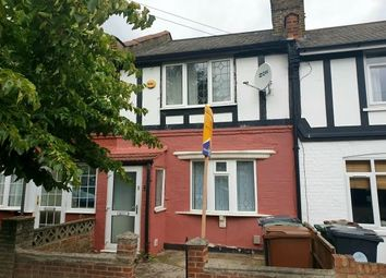 2 bed property to rent in Manor Road, London E17