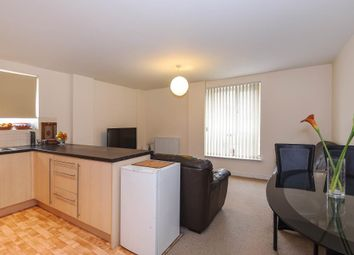 Thumbnail 2 bedroom flat to rent in Borehamwood WD6,