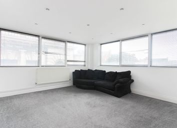 2 bed flat to rent in Kings Road, Southsea PO5