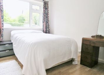 Thumbnail Room to rent in Somers Road, Reigate