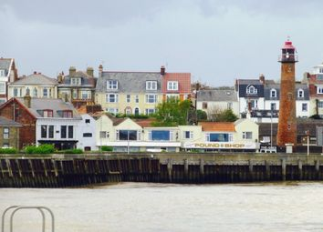 Thumbnail 5 bedroom town house for sale in Cliff Hill, Gorleston, Great Yarmouth