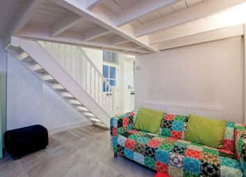 Thumbnail Studio to rent in Heath Street, London
