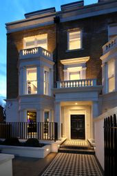 Thumbnail 5 bed town house for sale in Stevenage Road, Fulham