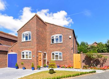 Orchard Hill, Rudgwick, Horsham RH12. 4 bed detached house