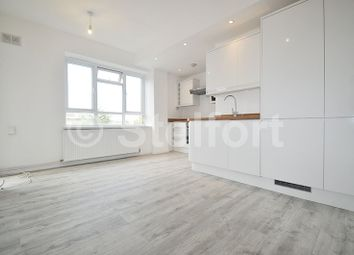 Thumbnail 4 bed flat for sale in New North Road, Old Street