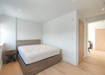 Thumbnail 1 bed flat to rent in Kings Road, Brentwood