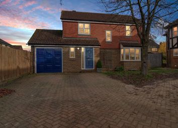 3 bed detached house for sale in Trefoil Close, Wokingham RG40