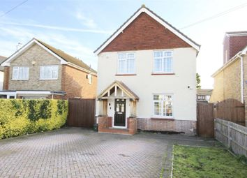 3 bed detached house to rent in Corwell Lane, Hillingdon UB8