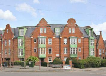 Thumbnail 2 bed flat for sale in Watling Street, Radlett, Hertfordshire