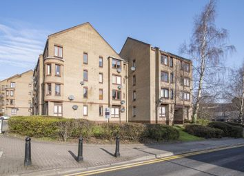 2 bed flat to rent in Upper Craigs, Stirling Town, Stirling FK8