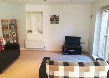 Thumbnail 2 bedroom flat to rent in Mile End Road, Whitechapel/Stepney Green