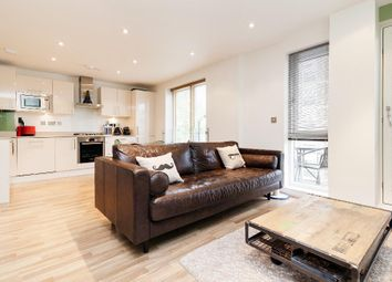 Thumbnail 2 bed flat to rent in Scriven Street, London