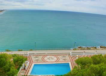 Thumbnail 7 bed villa for sale in Central, Valencia, Spain