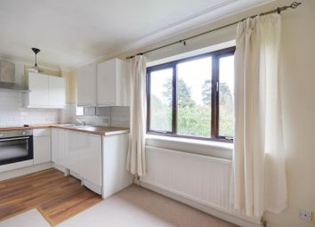 Thumbnail 1 bedroom flat to rent in The Avenue, Northwood