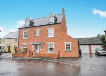 Thumbnail 6 bed detached house for sale in Cassini Drive, Swindon