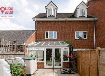 Ingram Close, Larkfield, Aylesford ME20. 3 bed end terrace house