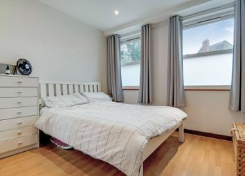 2 bed maisonette to rent in Boleyn Road, Stoke Newington, London N16