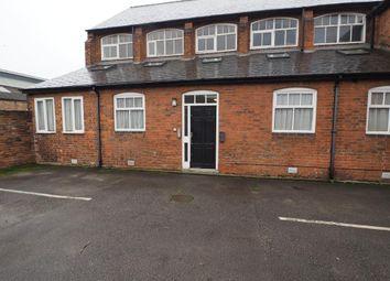 2 bed flat to rent in Grosvenor Street, Hull HU3