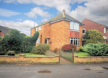 Thumbnail 4 bed detached house for sale in Manor Crescent, Wendover, Buckinghamshire