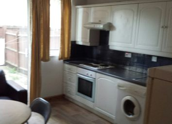 Thumbnail 4 bed terraced house to rent in Buxton Road, London