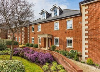 Thumbnail 2 bedroom flat for sale in West Hill Place, Oxted, Surrey