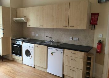 Thumbnail Studio to rent in Great North Road, London