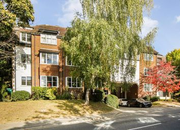 1 bed flat to rent in Alexandra Lodge, Monument Hill KT13
