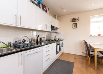 Thumbnail 2 bed maisonette to rent in High Road, North Finchley