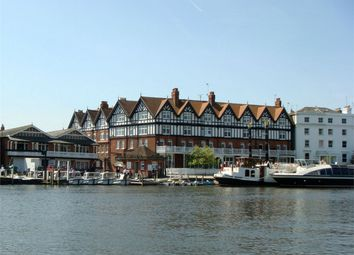Thumbnail 1 bed flat to rent in Station Road, Henley-On-Thames