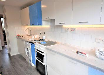 Thumbnail 2 bed flat to rent in Pembroke Street, London