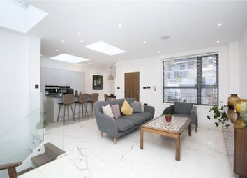 3 bed property for sale in Downham Road, De Beauvoir, London N1