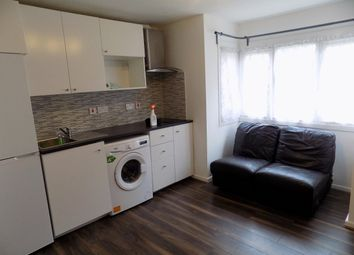 Thumbnail 1 bed flat to rent in Wilkinson Way, Chiswick