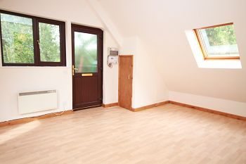 Thumbnail 2 bed maisonette to rent in Croft House Farm, 147A Bath Road, Warminster