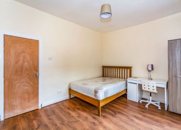 Denham Street, Manchester M13. Room to rent