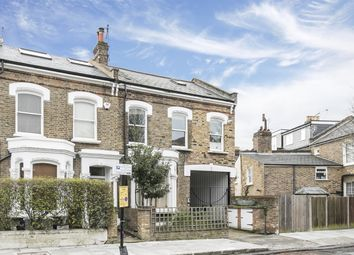 2 bed maisonette for sale in Lavers Road, London N16