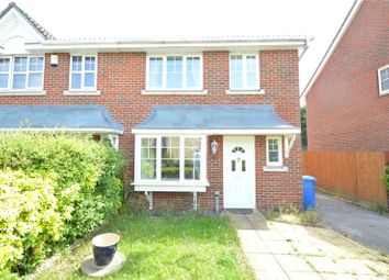 Thumbnail 3 bed property to rent in Heynes Green, Maidenhead, Berkshire