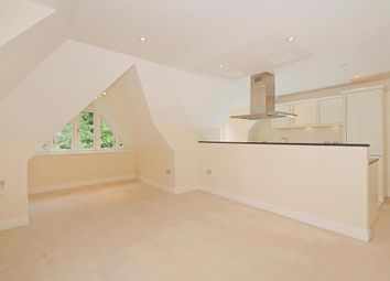 Thumbnail 2 bedroom flat to rent in London Road, Sunningdale