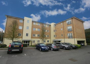 Thumbnail 2 bedroom flat for sale in Waterfall Close, Hoddesdon